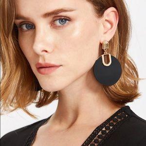 Jewelry - Black statement earrings